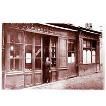 La Civette de la Préfecture. Tabac, Bar PMU. Vieux-Nice
